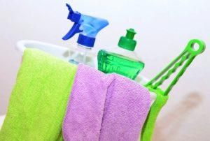 reinigungskraft und putzfrau als qualifizierte kräfte